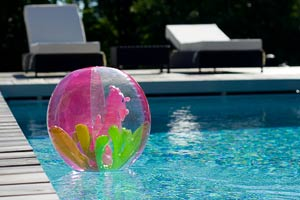 Contacter piscine de l 39 atlantide piscinier 33190 la reole for Piscine desjoyaux bazas